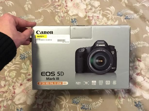 Canon EOS 5D Mark 3 (body only) never used