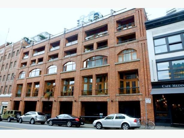 Converted Warehouse 3 Story One Bedroom Plus Sleeping Loft in Crosstown #371