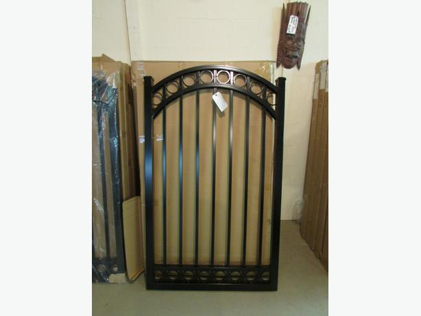 Aluminum Driveway  gates10ft 12ft 14ft  and 16ft and 18ft    and  side  gates