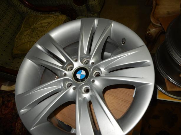 18 inch  ORIGINAL BMW X3 & X5 rims. Bmw-x5