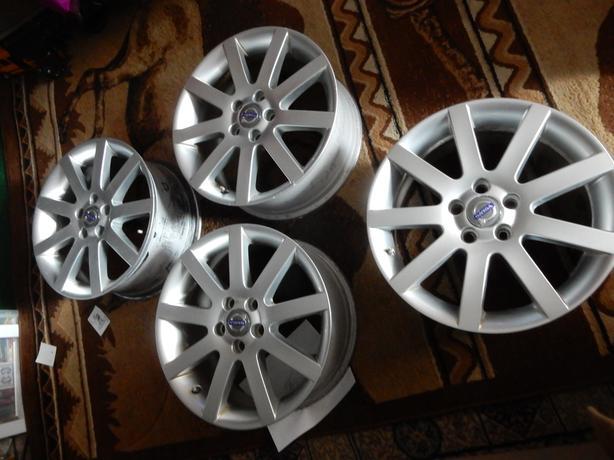 17 inch  (03-09) Thin Flat 9 Spoke VOLVO XC70, XC90 OEM RIMSVolvo=17