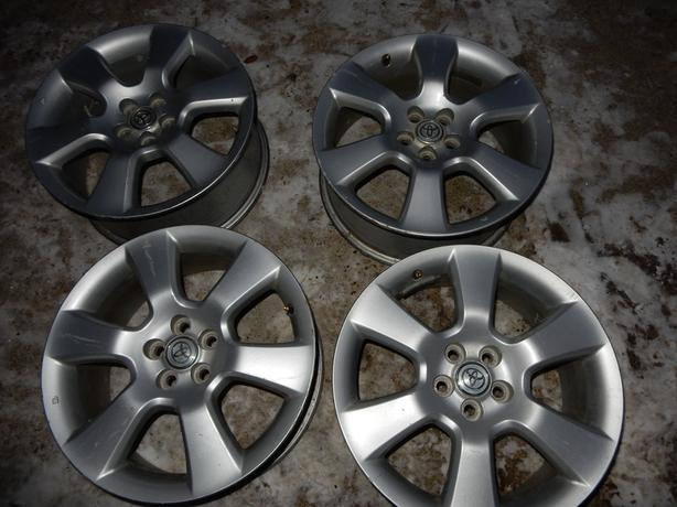TOYOTA  MATRIX 17 INCH	ALLOY RIMS		JAM 222