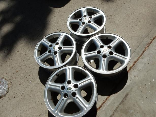Land Rover   16 inch STOCK ALLOY RIMS: