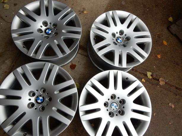 4  BMW   OEM 18 inch rims for 745,750i  and 760i series