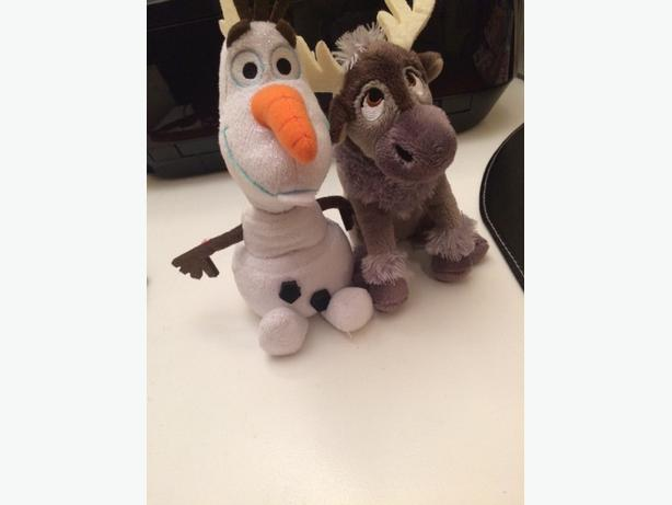 Olaf/Sven and other stuffies