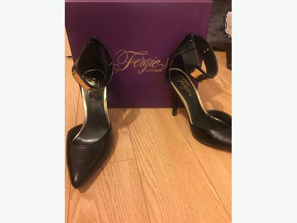 fergie/bcbg heels size 10 not wide $100 per items