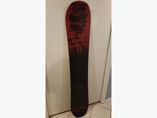 BRAND NEW Snow Board - 154cm