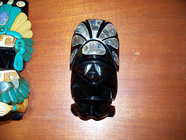 3 Black Onyx statues
