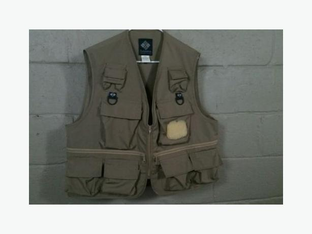283a4bff7f519 Columbia Fishing Vest West Shore: Langford,Colwood,Metchosin ...