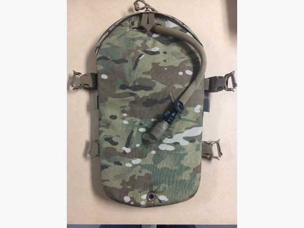 ce6edfc6e6 Camelbak Armorbak Hydration System for Plate Carriers Saanich, Victoria