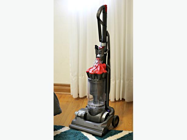 Dyson vacuum cleaner dc33 чем отличается dyson v6 от v7