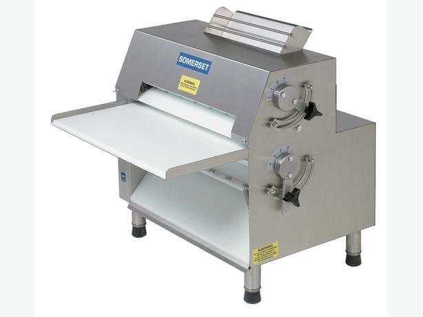 The Somerset CDR-1550 Dough Roller