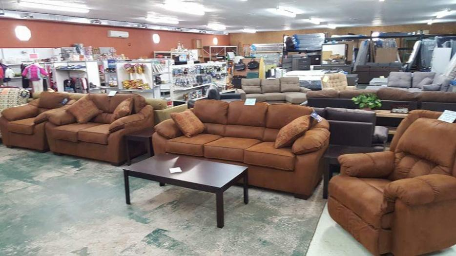 Sofas Loveseats Chairs Recliners Dressers Bedroom Sets