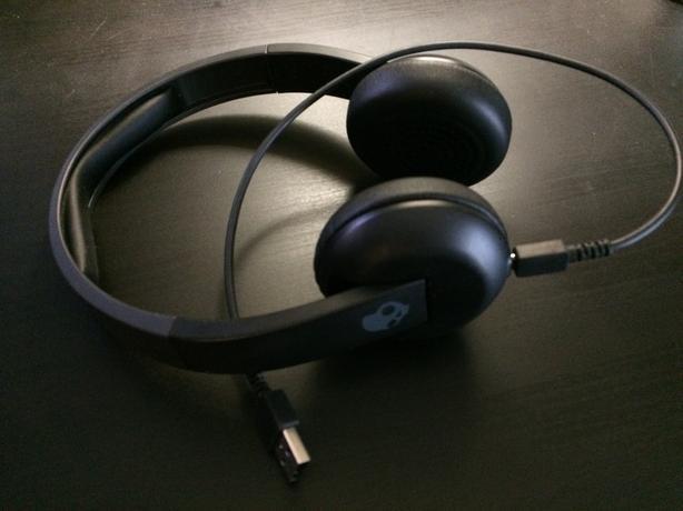 Skullcandy Uproar On-Ear Wireless Headphones with Mic