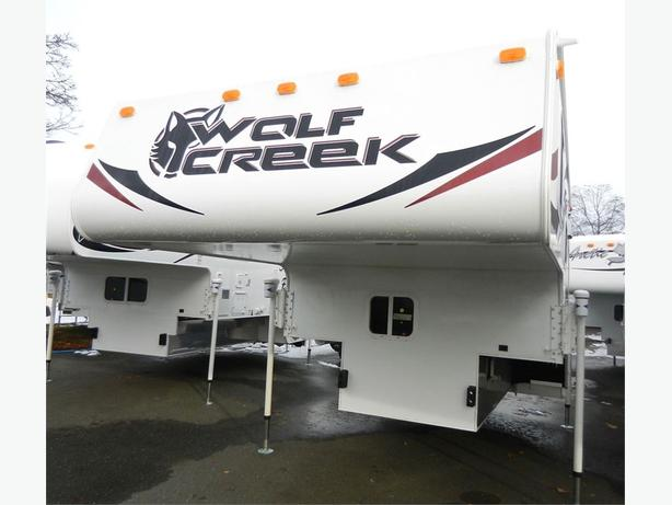 2018  Wolf Creek 850 - Sweet 4 Season Camper with Gorgeous Interior!