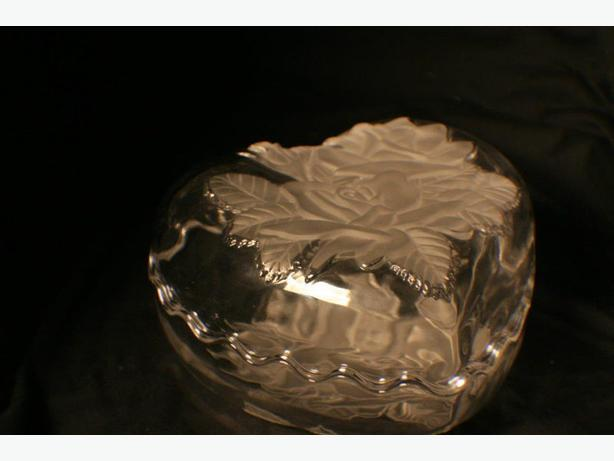 heart shaped frosted crystal glass box a larger dish ,