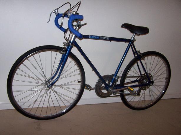 Blue AMF Roadmaster 10-speed