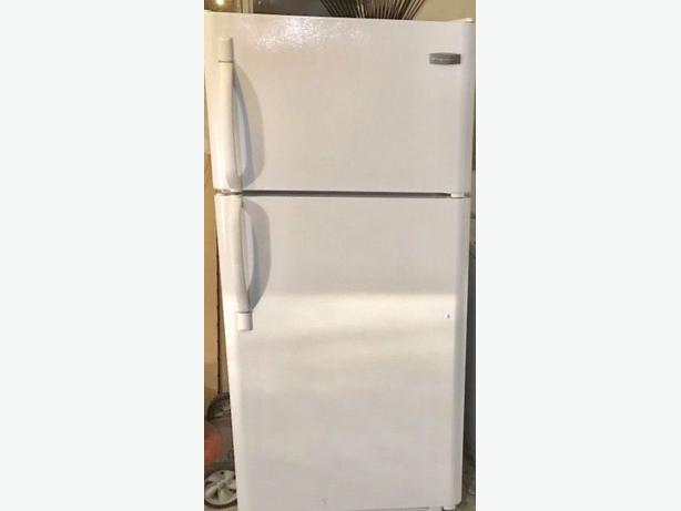 Newer Frigidaire Top Freezer Fridge