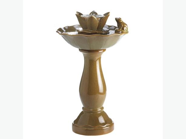 Indoor Outdoor Ceramic Fountain Lotus Pond Pedestal Basin with Frog Ornament