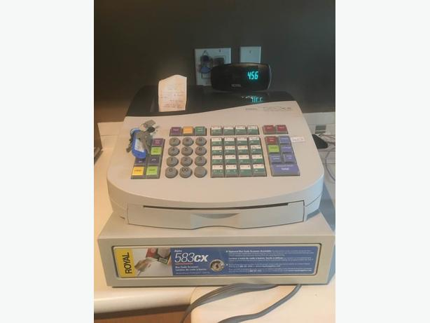 Royal 583cx cash register like new