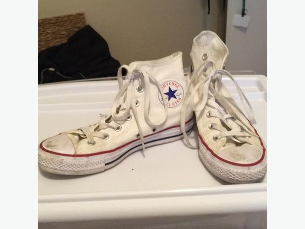 5ff5df1a03b9 WANT TO BUY  Well worn white Converse sneakers Victoria City