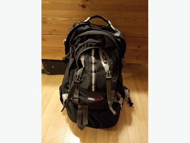 Obusforme travel backpack