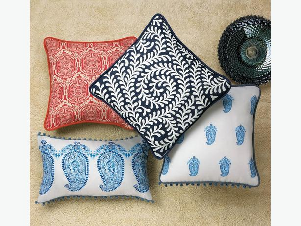 Blue & White Paisley Accent Throw Pillow 2 Styles with Tassels 8 Lot Choice New