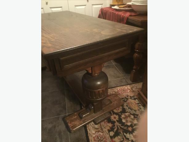 antique oak desk /kitchen island
