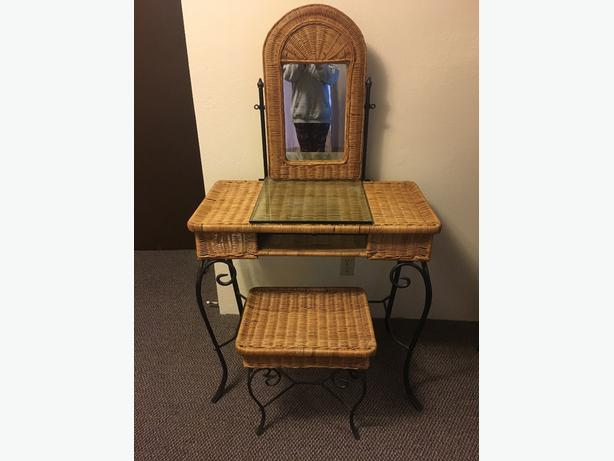 Wicker and iron vanity and full mirror set