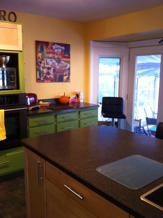 Full set of kitchen cabinets south regina regina for Kitchen cabinets york region