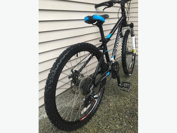 Marin Bayview Trail 24 Wheel Cedar Nanaimo