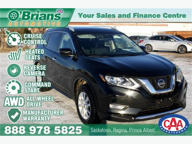 2017 Nissan Rogue SV w/Mfg Warranty, AWD