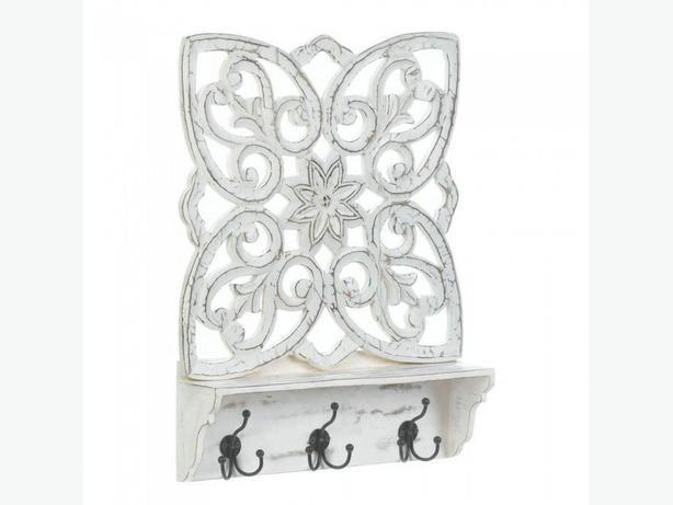 Distressed White Wood Wall Shelf Floral Cutout Pattern Metal Hanging Hooks 2 Lot