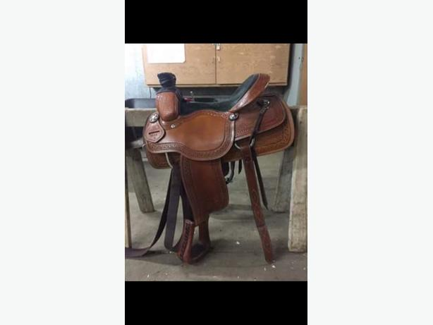 Circle S Roping Saddle