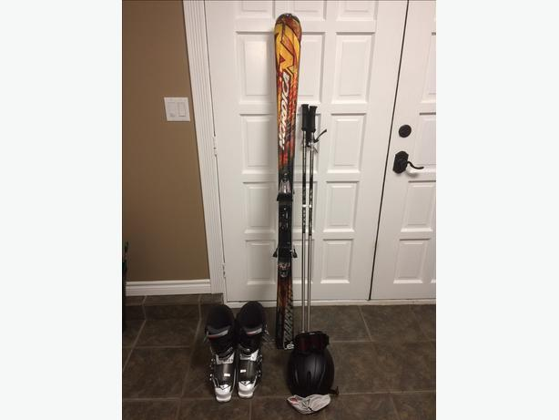 Mens ski equipment
