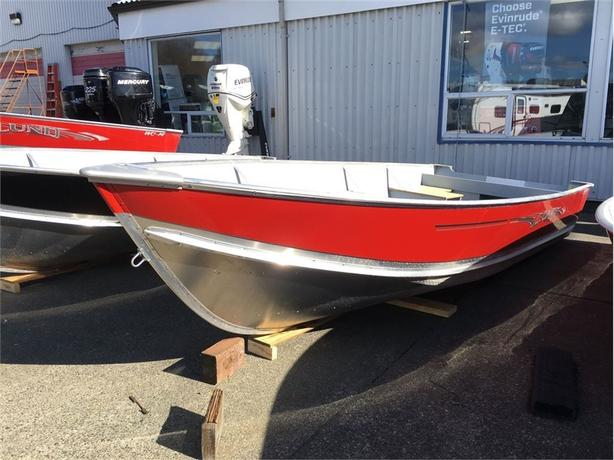 2017 Lund Boat Co SSV-16 -