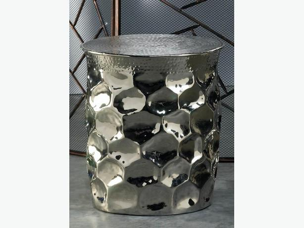 Artistic Shiny Silver Hammered Metal Stool Plant Stand Accent Side End Table New