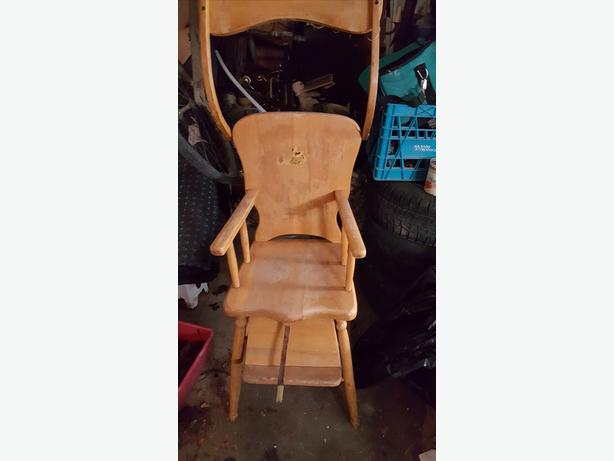 Victorian Child  High Chair and 2 sleds