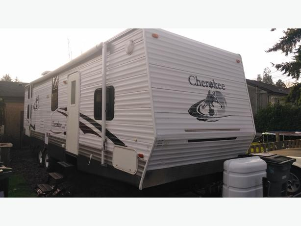2007 Cherokee Travel Trailer