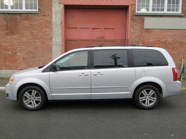 2010 Dodge Grand Caravan SE - ON SALE! - NO ACCIDENTS!