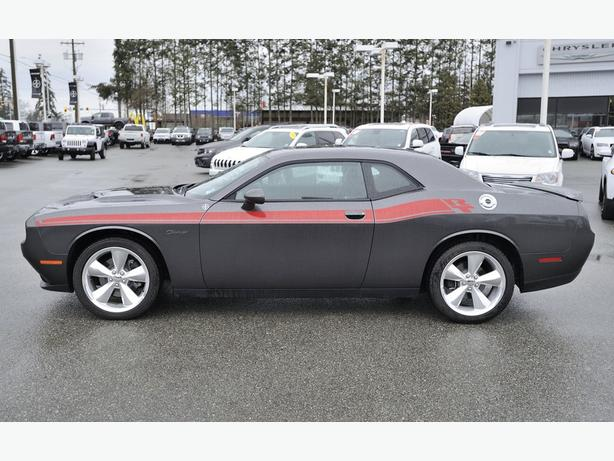 2016 Dodge Challenger R/T***5.7 HEMI 375HP 410lb-ft****