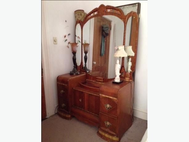Art Deco Vanity Dresser
