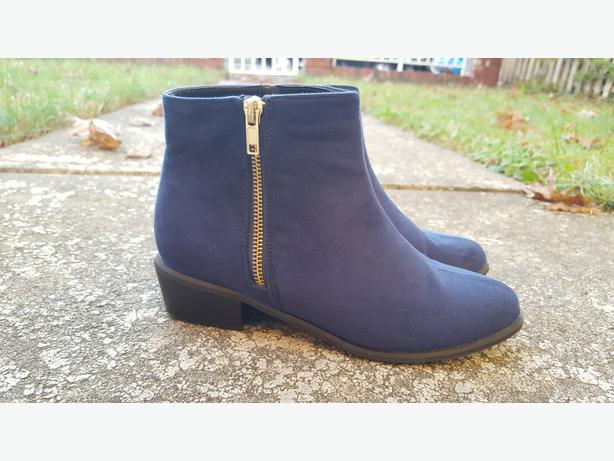 Navy Blue Flat Ankle Boots, Size 37 (Medium)