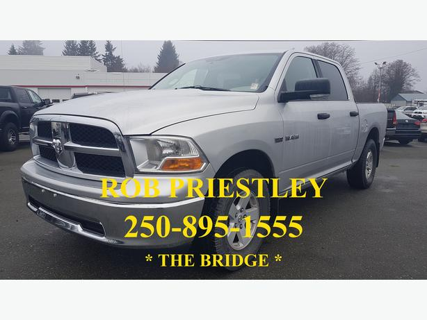 2009 RAM 1500 CREW CAB SLT 4X4 * ON SALE * THE BRIDGE *