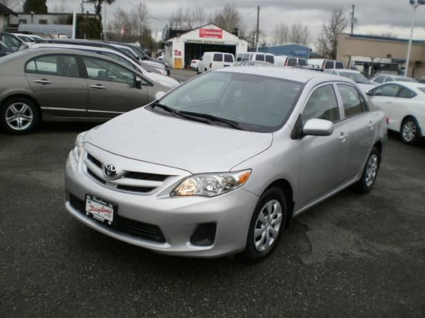2012 Toyota Corolla, auto, 64000 km, 2 year power train warranty,