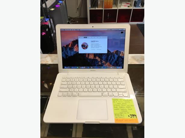 """White 13"""" MacBook 2.4 GHz C2D 4GB 250GB HD w/ Warranty!"""