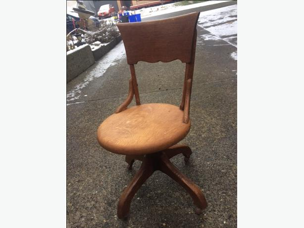 antique wooden task chair