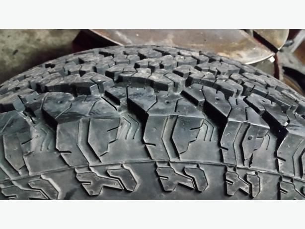 $60 today only!!! 255/70r17 general grabber at2 (2tires)