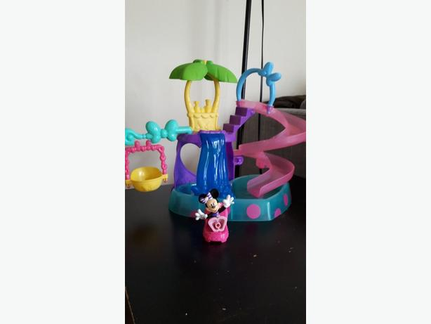 Minnie Mouse toy set