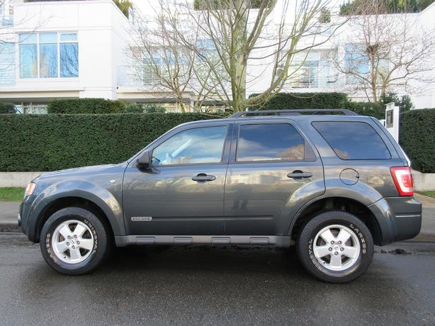 2008 Ford Escape XLT 4WD - ON SALE! - LOCAL BC VEHICLE!